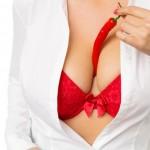 Branlette espagnole : jouir entre des seins